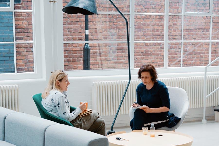 Cómo hacer reuniones más efectivas aplicando la Metodología CORAOPS