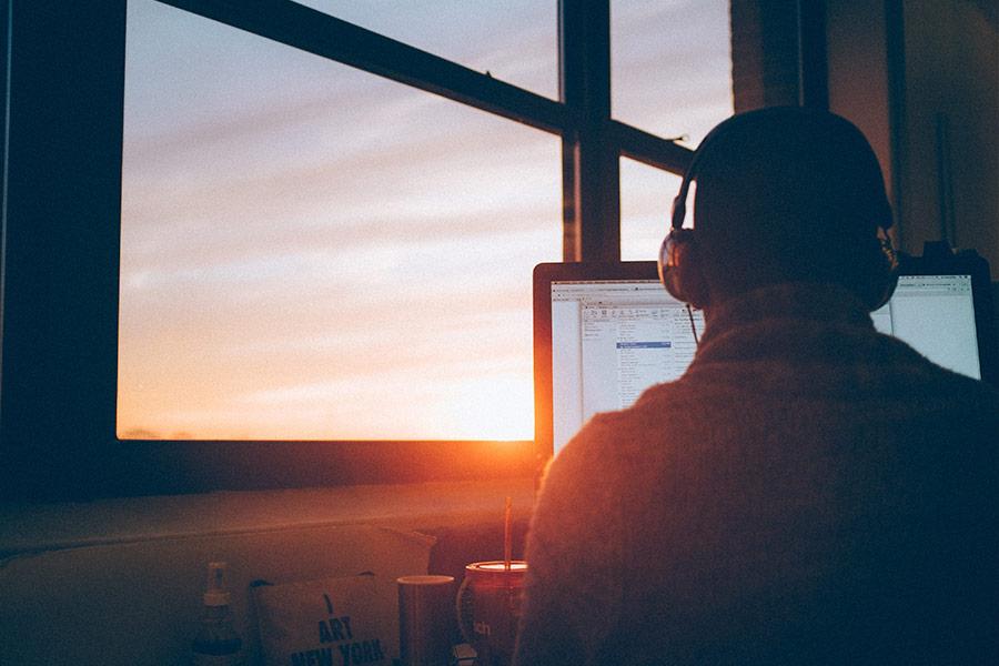 Ser adicto al trabajo o workaholism: características, detención y prevención